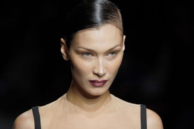 mugler-runway-paris-fashion-week-womenswear-fall-winter-2020-2021